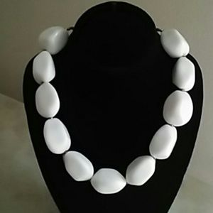 Jewelry - Vintage Chunky White Bead Necklace